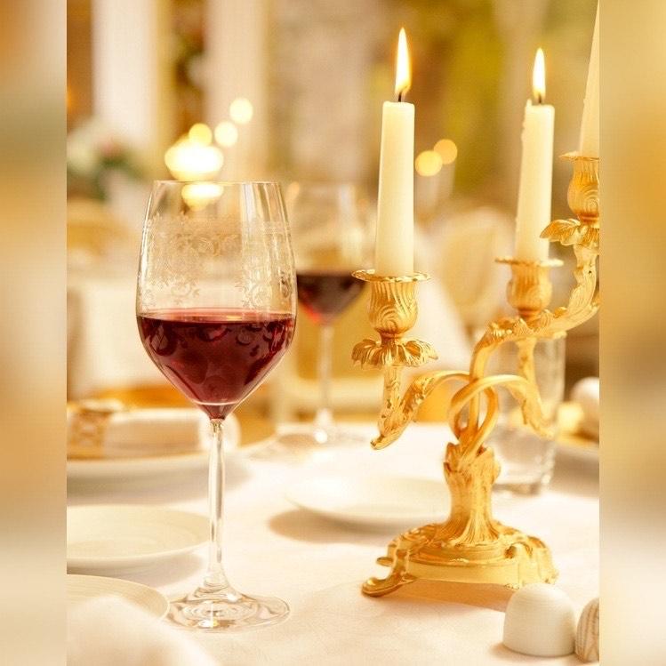 Червеното вино – комплимент към всяко ястие